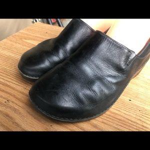Timberland Black Leather Slip On Shoed Size 9.5W